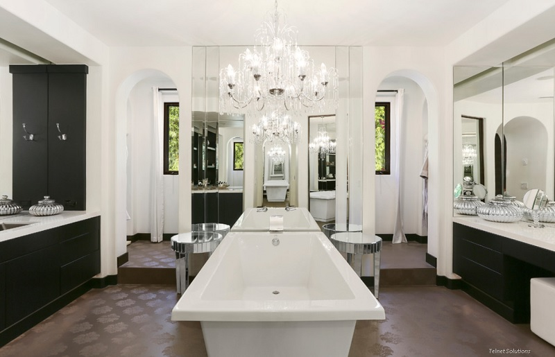 Modern comforts of the classical style