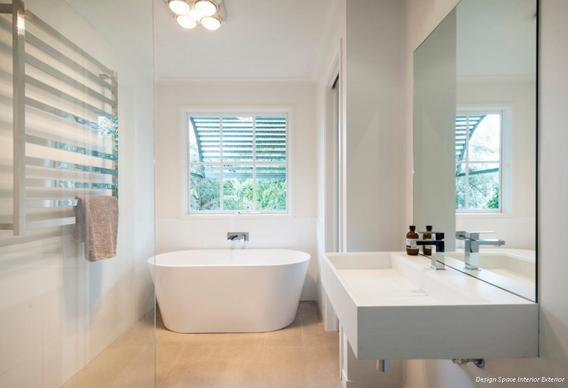 Optimising space in a small bathroom