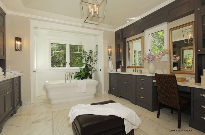 Classic elegance of a Roman themed bathroom