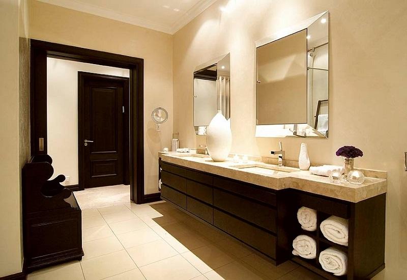 Classic bathroom style elegance